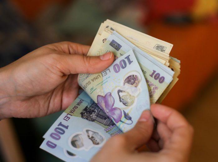 ослабление национальной валюты